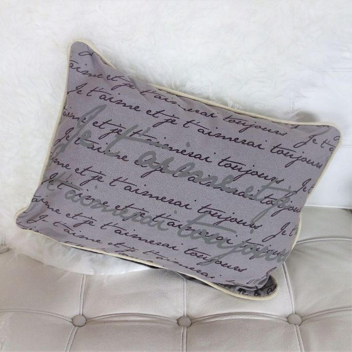 50% OFF Je t'aime script Cushion